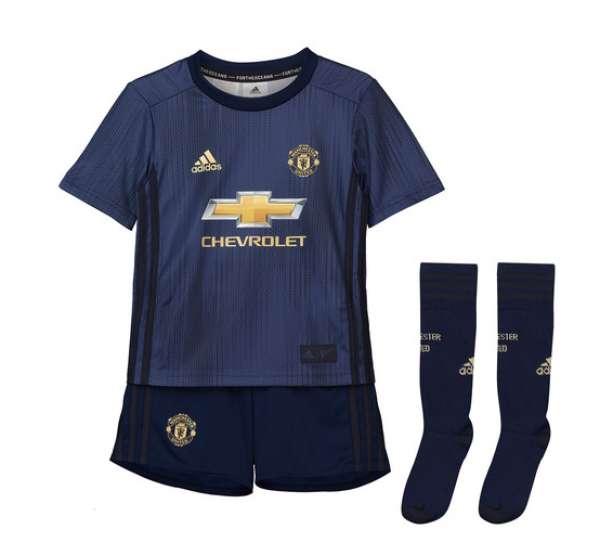 the best attitude 010d6 8c8aa Manchester United Third Little Boys Football Kit 2018-19